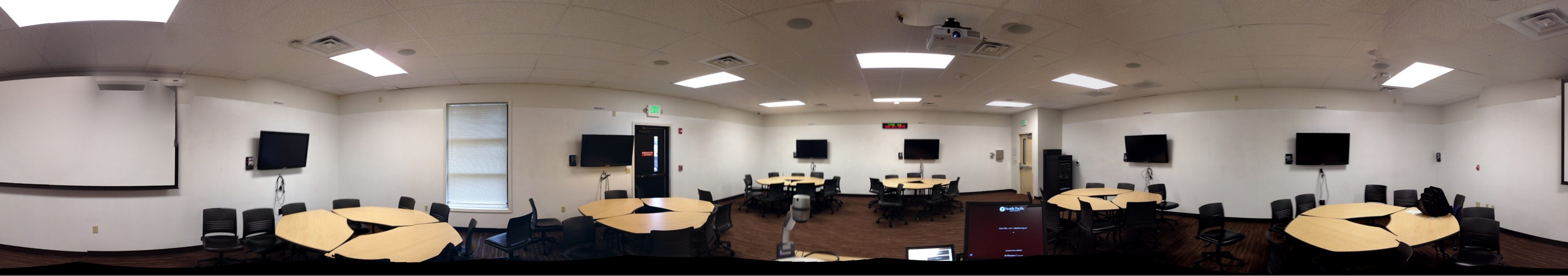 Panoramic View of Cremona 101 Active Learning Space Classroom